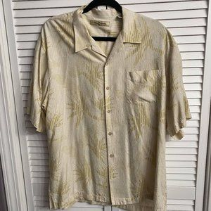 💋 Tommy Bahama casual button down shirt